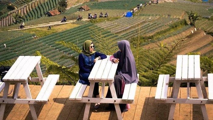 Bukit Mercury Sayang Kaak, Tempat Wisata Alam di Majalengka yang Punya Banyak Spot Foto Selfie