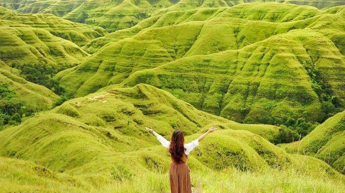 Intip Keindahan 7 Bukit dari Sumba yang Dikenal dengan Negeri Seribu Bukit yang Memesona
