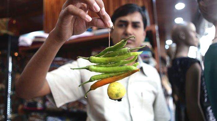 Jalan-jalan ke India, Jangan Kaget Saat Melihat Cabai dan Lemon Digantung, Ini Alasan Tersembunyinya