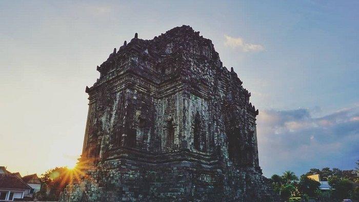 Candi Kalasan Yogyakarta peninggalan tertua budaya Budha