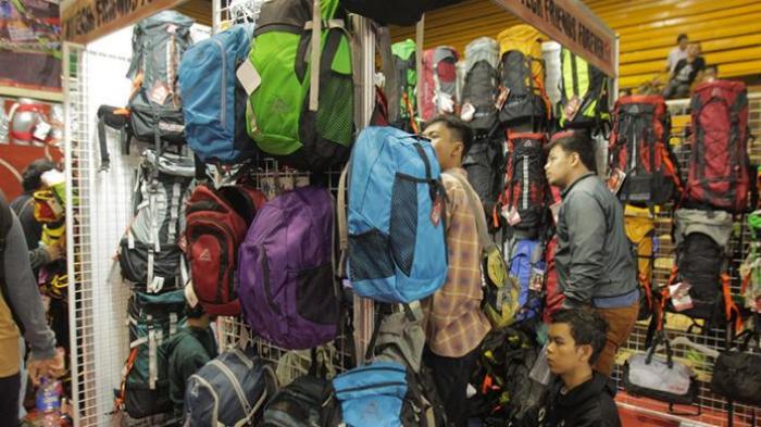 Bisa Digunakan untuk Evakuasi, Tas Gunung Ini Mampu Gendong Pendaki Lain Saat Keadaan Darurat