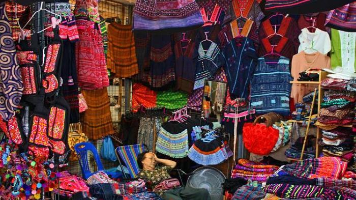 3 Pasar untuk Beli Oleh-oleh dengan Harga Murah di Bangkok, Nggak Bikin Kantong Jebol!