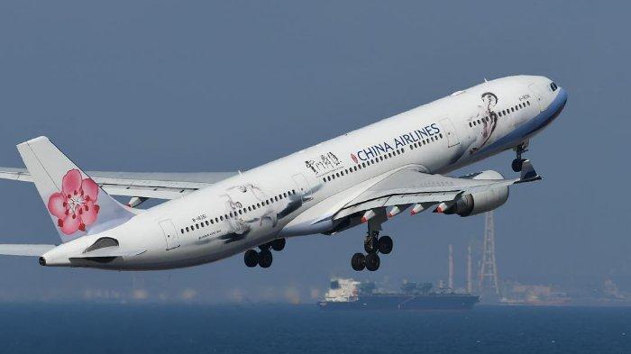 Ilustrasi Pesawat Terbang China Airlines