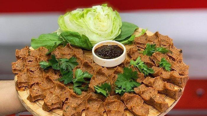 4 Tempat Makan yang Menjual Cig Kofte, Kuliner Ekstrem di Turki