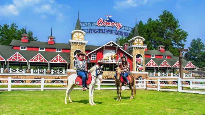 Cimory Dairyland Puncak, tempat wisata baru yang berlokasi di Cipayung Girang, Megamendung, Bogor, Jawa Barat.