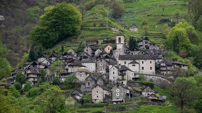 Corippo, Swiss