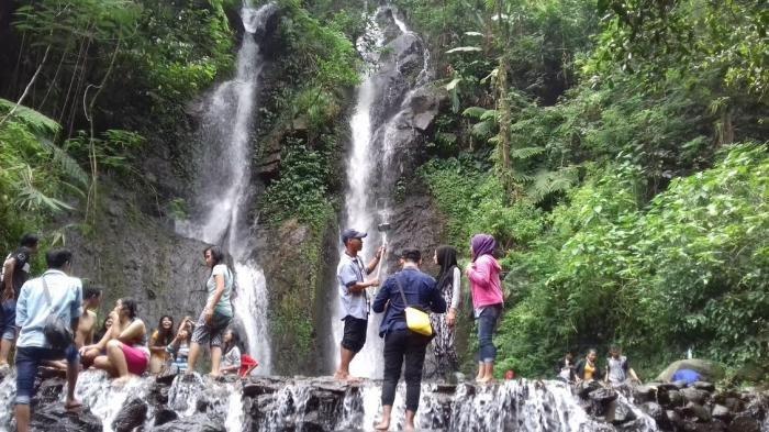 Curug Cilember yang berada di Kecamatan Megamendung, Kabupaten Bogor, Jawa Barat.