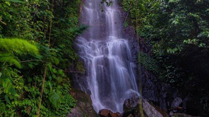 Curug Cilember, tempat wisata di Bogor, Jawa Barat.