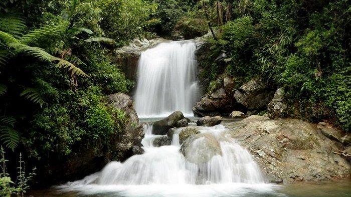 Jelajah Wisata Gunung di Bogor, Nikmati Keseruan Trekking 3 Curug di Sentul