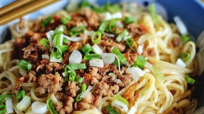 Cwie Mie, kuliner khas Malang