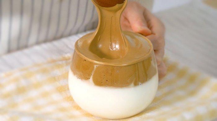 Resep Dalgona Coffee yang Sempat Trending di TikTok, Tanpa Mixer atau Whisk & Bisa Pakai Saringan