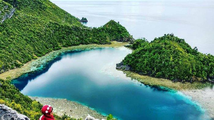 Danau Cinta di Karawapop, Misool.