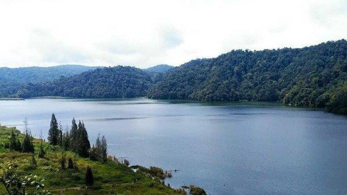 Harga Tiket Masuk Danau Lau Kawar, Termasuk Biaya Sewa Tenda dan Naik Perahu