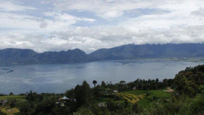 7 Tempat Wisata Populer di Sumatera Barat, Danau Maninjau Tawarkan Pesona Alam Memukau