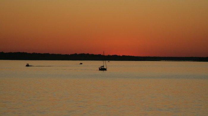 Danau Murray saat sunset