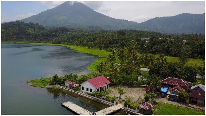 Mengenal Danau Ranau, Danau di Lampung yang Terbentuk Akibat Gempa dan Letusan Gunung Berapi