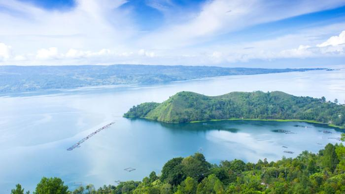 Danau Toba dan 4 Tempat Wisata di Pulau Samosir, Mampir Sejenak di Desa Penghasil Kain Ulos Batak