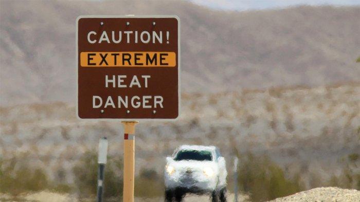 Death Valley, tempat dengan suhu udara tertinggi di dunia.
