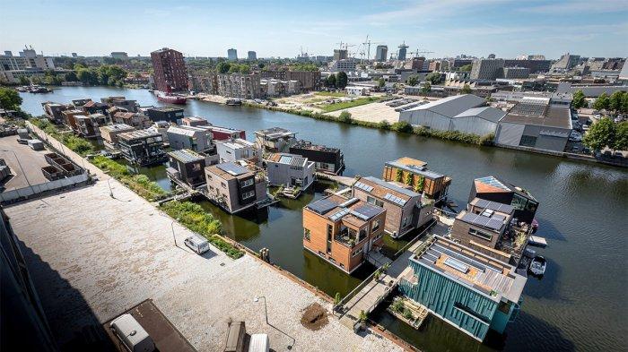 Amsterdam Punya Desa Terapung dengan Rumah Ramah Lingkungan, Seperti Apa?