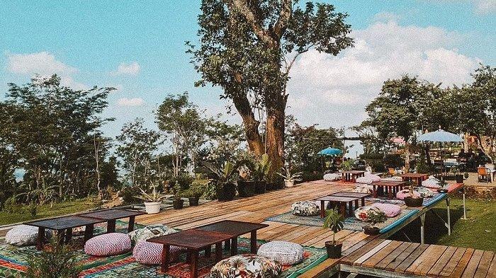 D'Gunungan Taman Dayu, kuliner dekat Taman Safari Prigen.