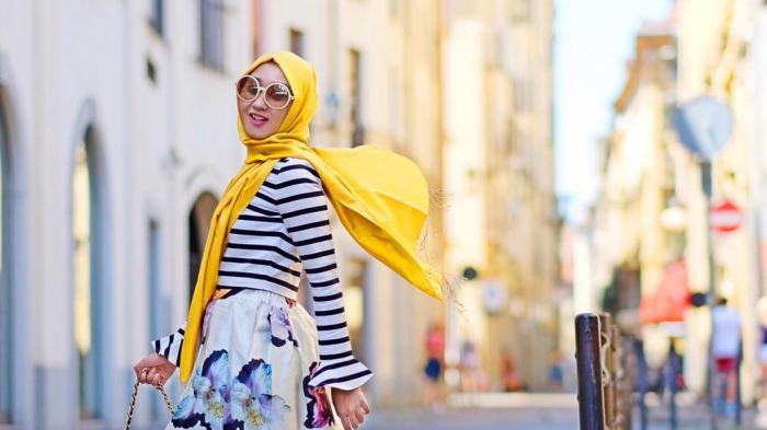Biar Nggak Ribet Saat Traveling, Dian Pelangi Sarankan Pilih Baju yang Multifungsi