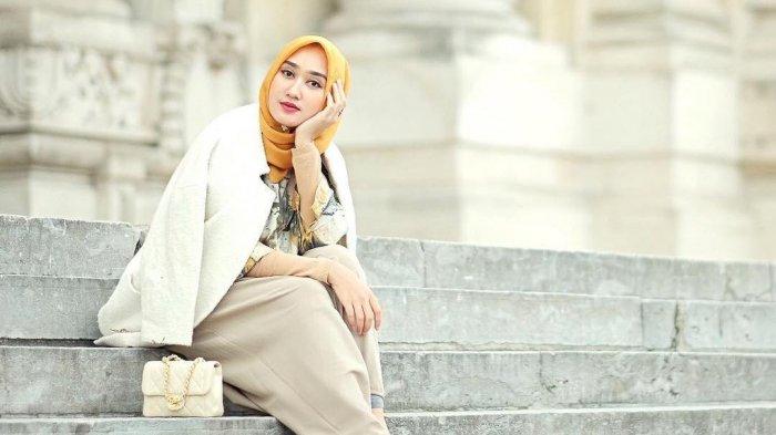 Outfit Ngabuburit Makin Kece Saat Aplikasikan Gaya 3 Fashion Blogger Indonesia Ini, Simak Yuk