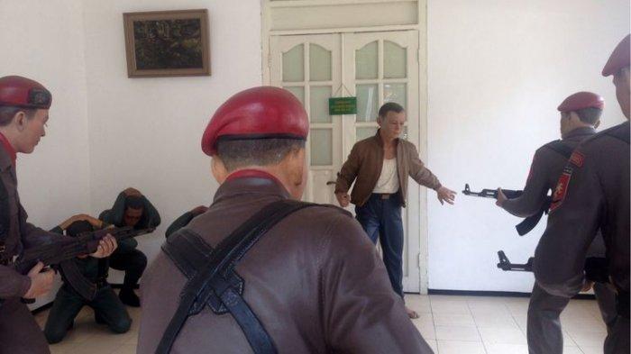 Diorama Museum AH Nasution Gambarkan Kronologi Penangkapan Lettu Pierre Tendean saat Peristiwa G30S