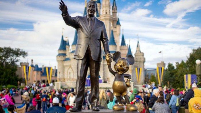 Tak Ada Pelukan dari Mickey, Trip Ke Disneyland Mungkin Sedikit Berbeda Setelah Lockdown