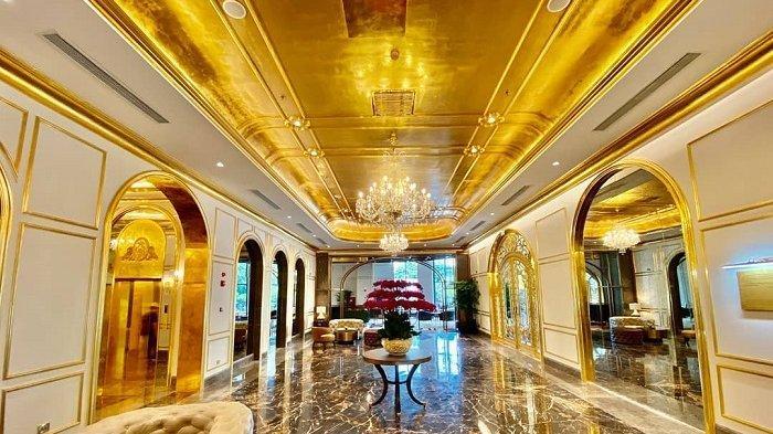 Hotel di Vietnam Ini Berlapis Emas 24 Karat, Termasuk Toiletnya