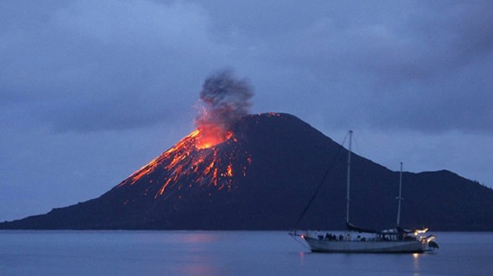 Fakta Menarik Gunung Kilauea, Ternyata Punya Dua Lubang Saluran Lava