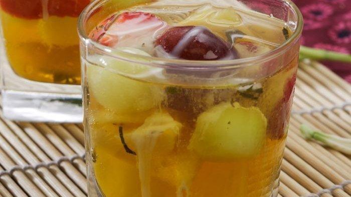Resep Es Campur Buah dan Mint, Minuman Menyegarkan untuk Keluarga di Rumah
