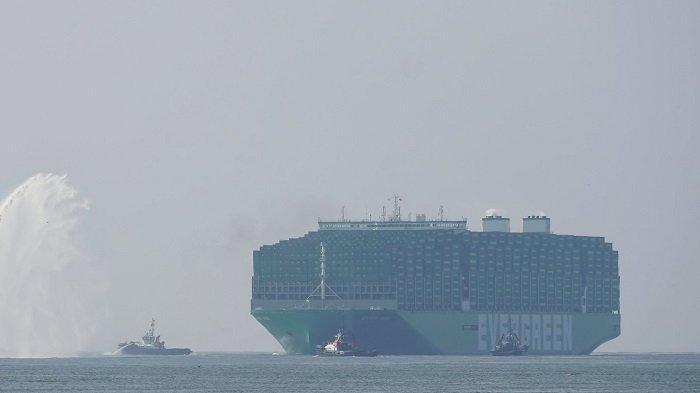 Ever Ace, Kapal Kontainer Terbesar di Dunia yang Akan Segera Lintasi Terusan Suez