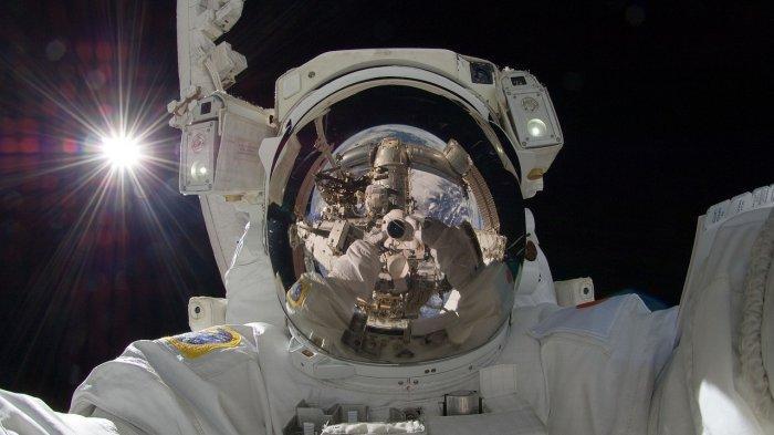 Inilah Kegiatan Astronaut saat di Luar Angkasa yang Tidak Mengalami Siang dan Malam