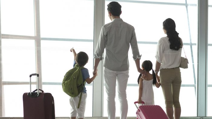 Tak Ingin Ribet Liburan ke Luar Negeri Bareng Anak? Coba Lakukan Persiapan ala Ibu Muda Ini