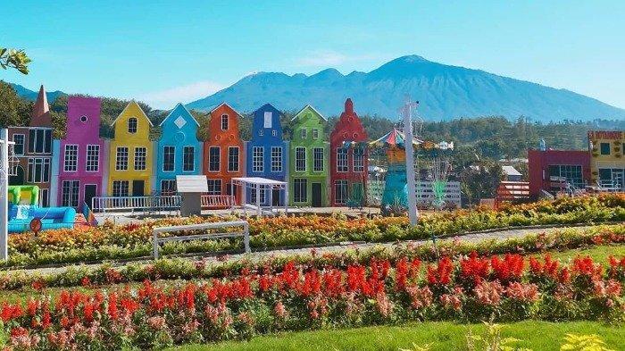 Harga Tiket Masuk San Terra Malang, Tempat Wisata dengan Spot Foto ala Korea dan Belanda