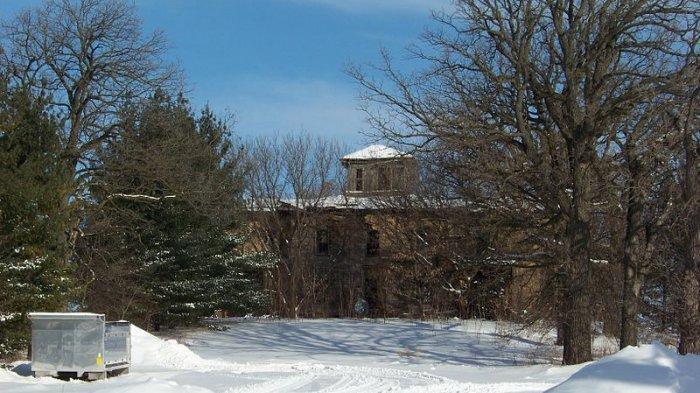 Menguak Kisah Misterius dan Tragis Foote Mansion di Eureka Wisconsin