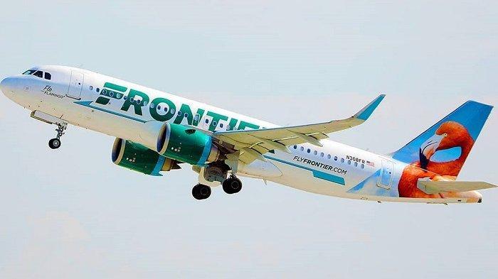 Lewati Landasan Pacu Bandara, Pesawat Frontier Airlines Berakhir Mendarat di Lahan Berumput