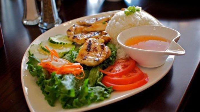 Jangan Cuma Kenal Pho, Ini Lho 6 Kuliner Tradisional Vietnam yang Wajib Dicicipi, No.1 Mirip Lumpia