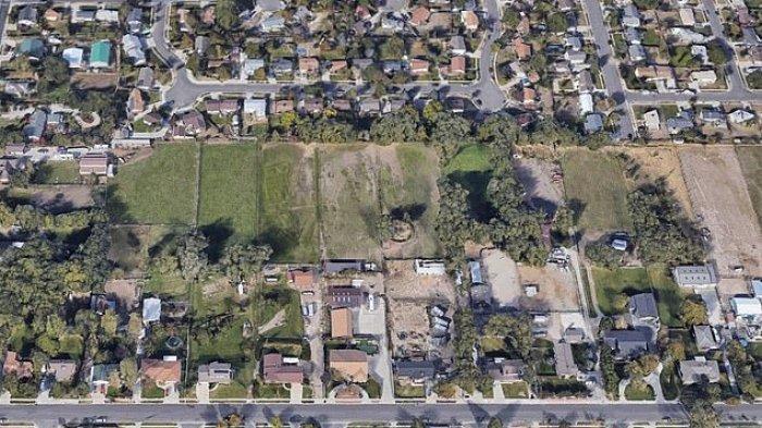 Terekam Google Maps, Pesan Rahasia di Halaman Rumah untuk Tetangga