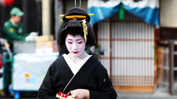 Jangan Sampai Salah! Begini Cara Mudah Menemukan Geisha saat Liburan ke Kyoto Jepang