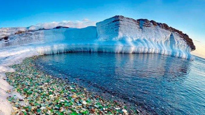 Glass Beach - Miris! Di Balik Keindahannya, Pantai Paling Bahaya Ini Ternyata, Dulu Tempat Sampah