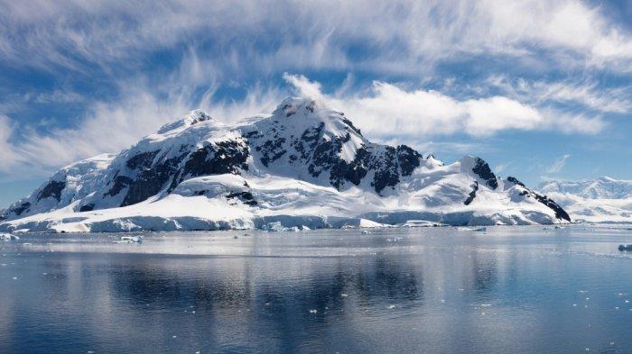 Kutub Utara dan Kutub Selatan, Tempat Terekstrem Bumi dengan 5 Perbedaannya, Mana yang Paling Dingin