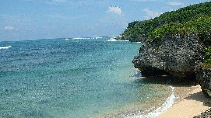 Green Bowl Beach, pantai tersembunyi di Bali