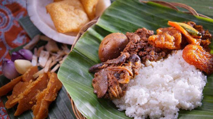 Wisata Kuliner di Jogja, Cobain 7 Gudeg Favorit Ini