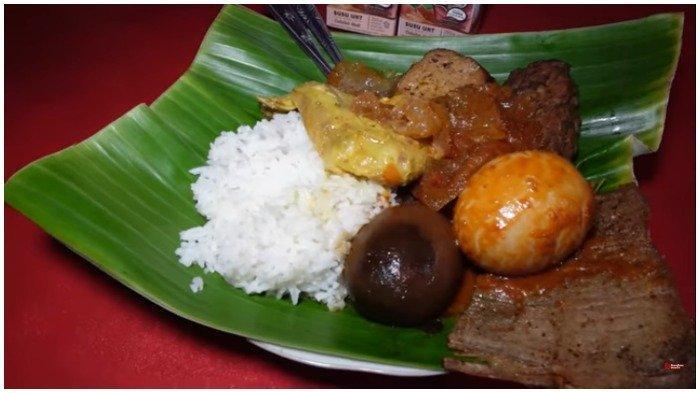 Icip Lezatnya Gudeg Yogya Bu Prapti, Kuliner Populer di Kawasan Jakarta Barat