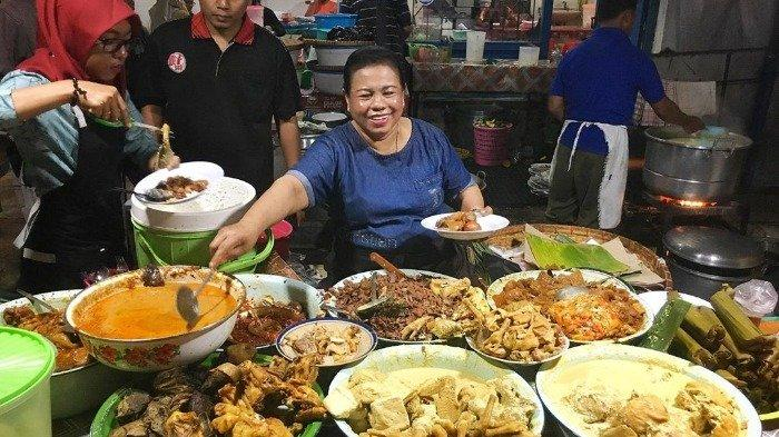 Gudeg Mbak Tum di Kawasan Simpang Lima Semarang
