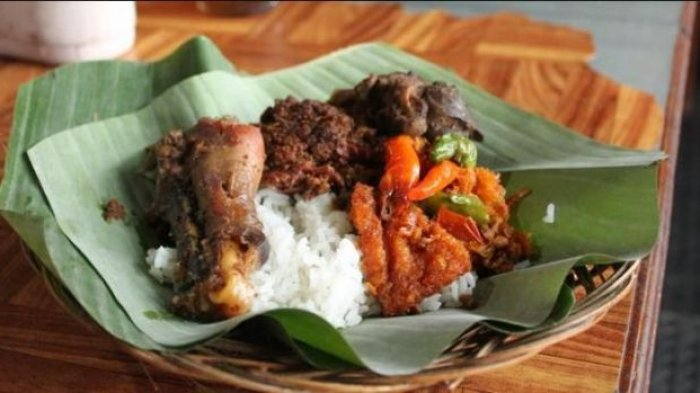 Ilustrasi kuliner nasi gudeg