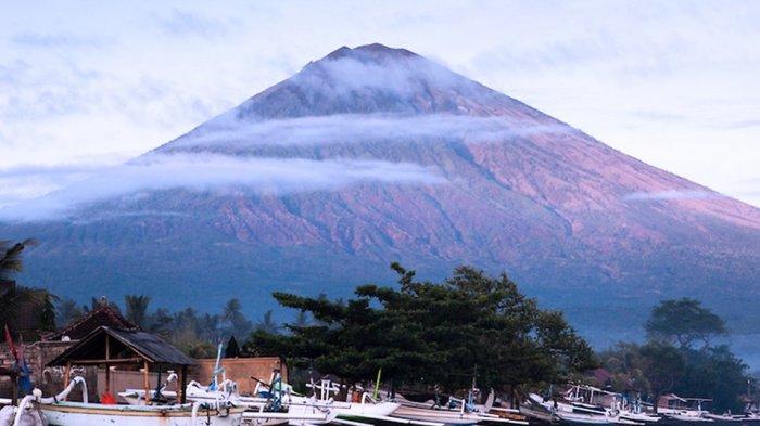 Turis Jerman Terpeleset ke Kawah Gunung Agung Bali, Begini Kondisinya Saat Ditemukan
