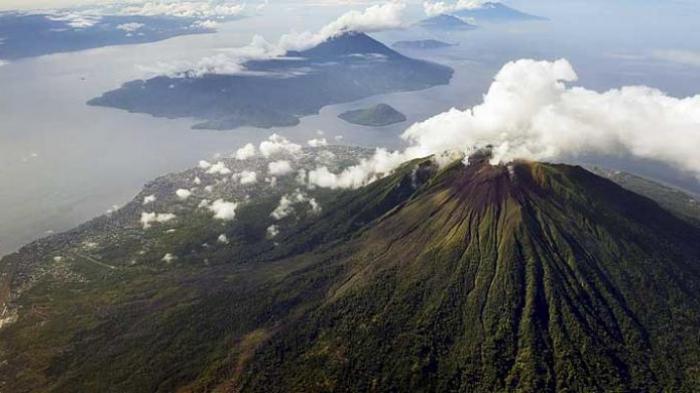 Gunung Gamalama di Ternate Meletus, Status Gunung Waspada Tingkat II