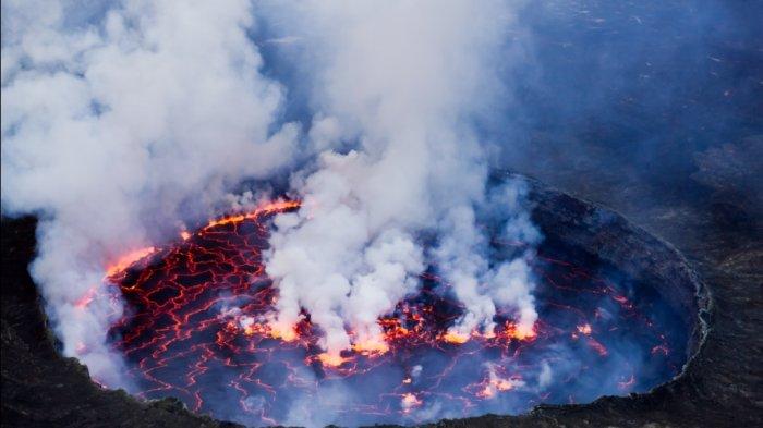 Gunung Taal dan 5 Gunung Paling Aktif di Dunia, Termasuk Merapi di Jogja